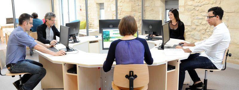 Salle de formation (11 postes informatiques)