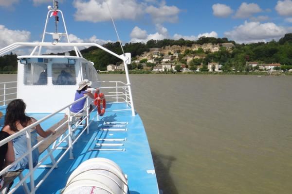 croisierestuaireBlaye-bateau2rives---crÇdit-Blaye-tourisme-(1)